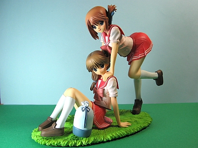 Komaki_sisters_00